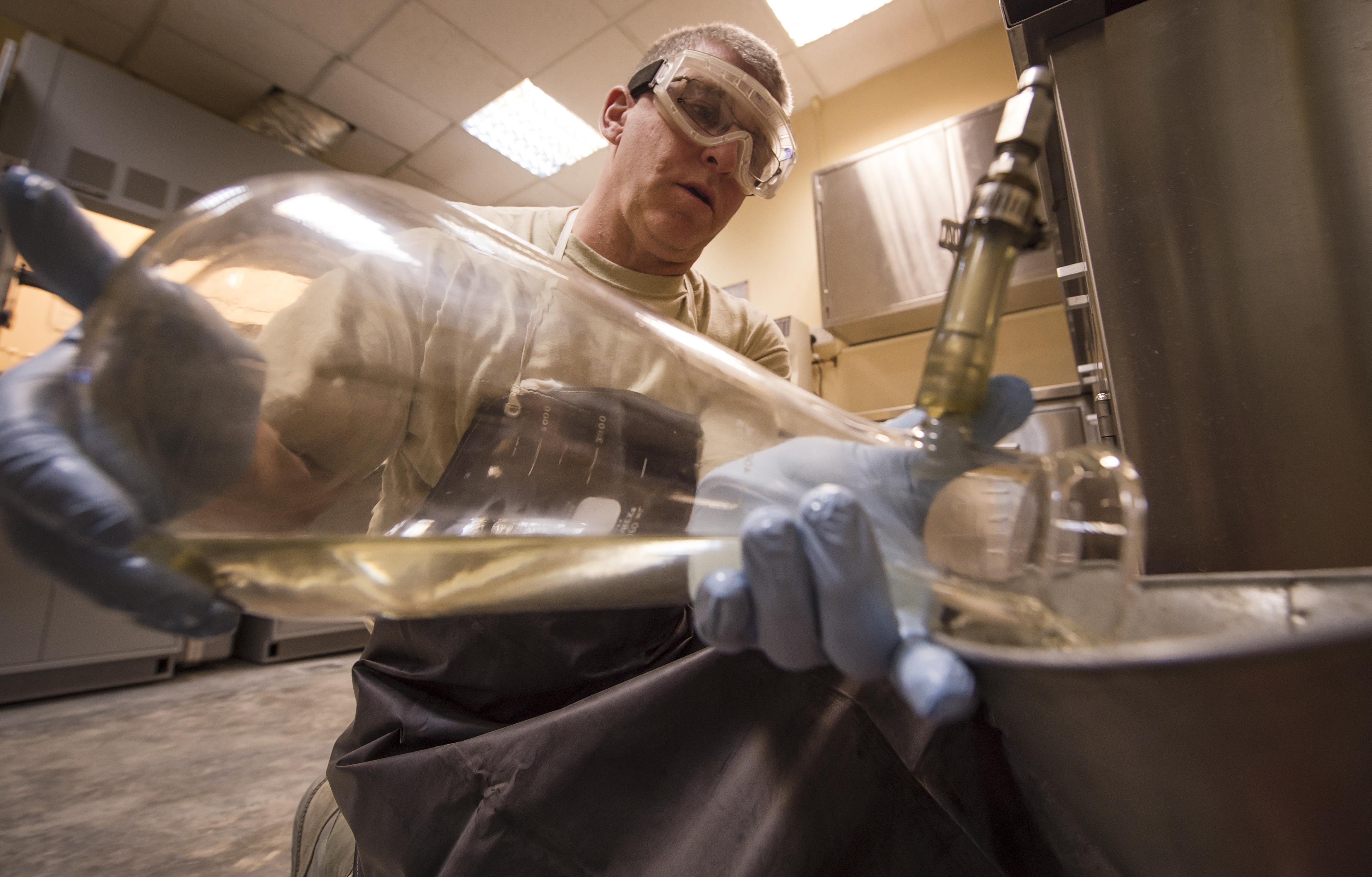 Fuels lab keeps AUAB combat ready