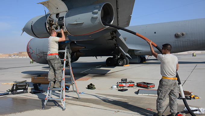 340th EAMU keeps KC-135 flying